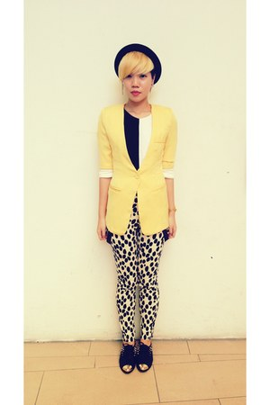 black bowler hat hat - yellow chic blazer - black black and white top