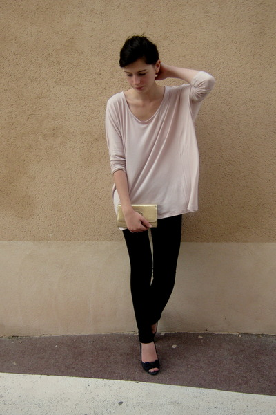 peach H&M blouse - black H&M pumps