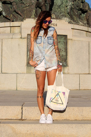white zimpy shorts - eggshell SRI bag - amethyst zeroUV sunglasses