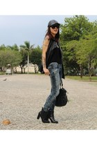 black Satinato boots - black Zara hat - black Renner vest - black zeroUV glasses