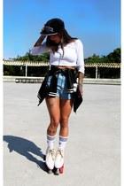 black Verse hat - black Amaro jacket - sky blue Garimppo shorts