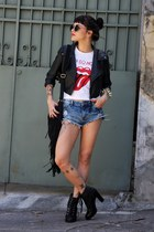 black Renner boots - black c&a jacket - white Q-vizu shirt - black LoveD Rio bag