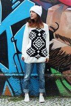 white Stooge hat - blue Forever 21 jeans - white Forever 21 sweater