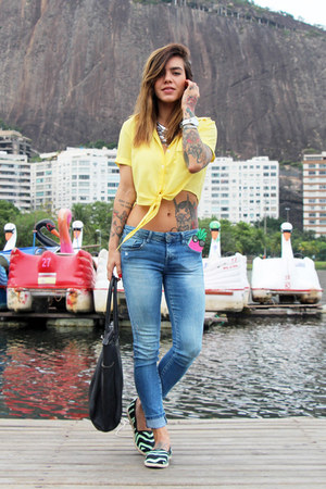black Baille flats - sky blue Zara jeans - silver style moi necklace