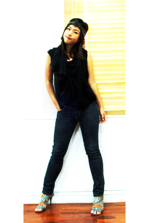 greyhound top - mbk jeans - siamsquare shoes