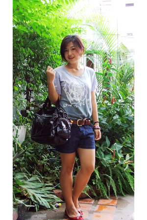 Brio t-shirt - stolen from sister shorts - Day market purse - Stepmania shoes -