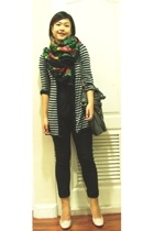 thrifted scarf - Ourky t-shirt - siamsquare leggings - Outlet H&M sweater - thri