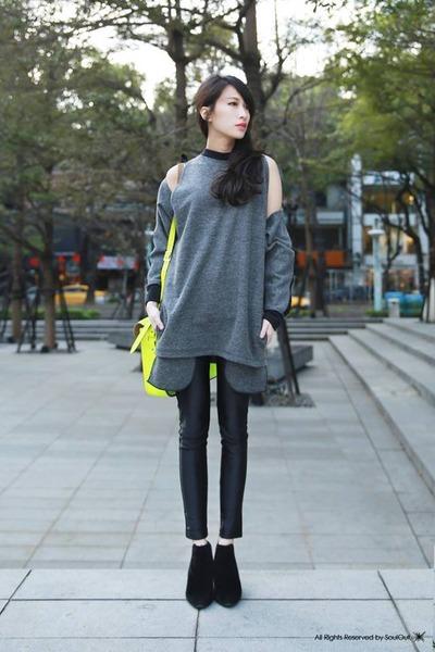 XIWI top - the cambridge satchel company bag - American Apparel pants