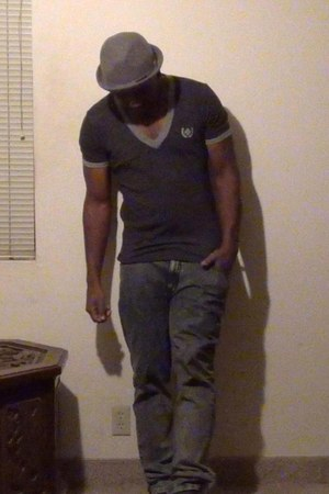 ANDREW CHRISTIAN shirt - Lotek jeans - trilby Peter Grimm hat