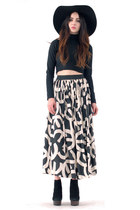 Sacred Geometry Monochrome Full Skirt