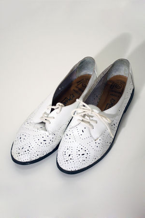 white cutout oxfords vintage shoes