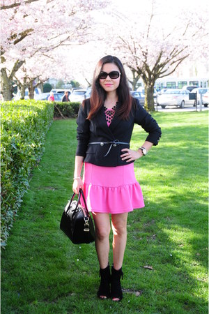 black calvin klein boots - bubble gum winners dress - black Forever 21 blazer
