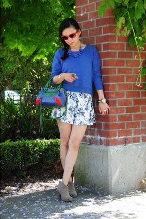 red Fendi sunglasses - blue balenciaga bag - Forever 21 skirt - blue H&M top