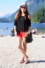 Red-denim-forever-21-shorts-black-forever-21-top