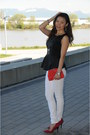 Black-forever21-top-white-skinny-jeans-bebe-jeans-red-forever21-bag