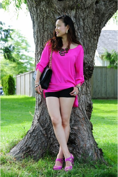 hot pink silk blouse top - black stretchy shorts Bebe shorts