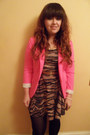 Camel-missguided-dress-hot-pink-h-m-blazer