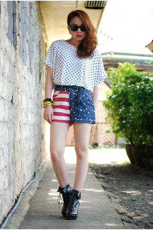 shorts - shoes - blouse