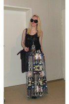 black Deichmann boots - maxi H&M dress - black fringed H&M bag