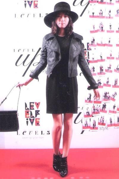Azzedine Alaia boots - Zara hat - yigal azrouel jacket - Salvatore Ferragamo bag