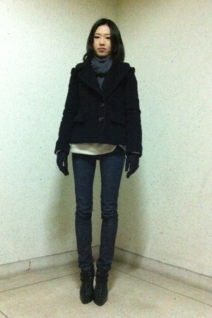 black boots - black Armani Exchange coat - navy Just Usa jeans