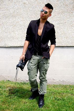 black balenciaga bag - black Zara boots - black Filippa K blazer
