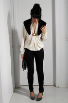 black H&M jeans - black moms blazer - cream moms blouse - dark green Nine West h