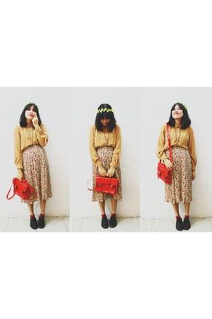 bag - shoes - skirt - blouse