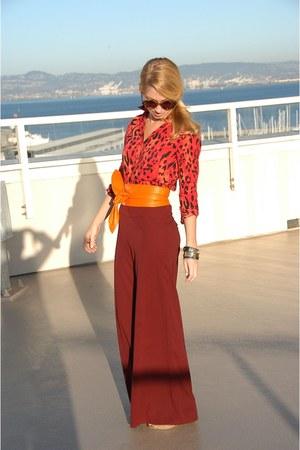 brick red palazzo Forever 21 pants - red animal print H&M shirt