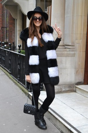 artic fox milusha coat - ASH boots - Chanel bag