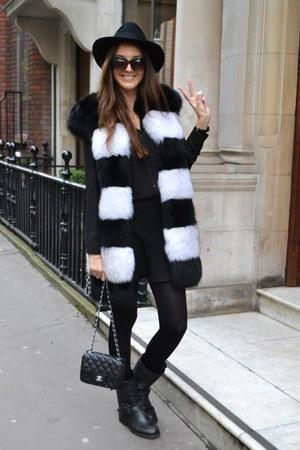 artic fox milusha coat - ASH boots - Chanel bag