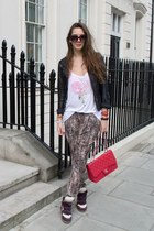 LOF London t-shirt - red Chanel bag - anna karin karlsson sunglasses