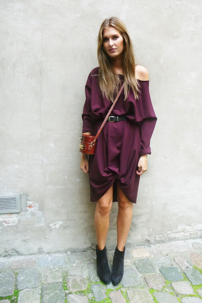 purple DIY dress - black alaia shoes - brown Vintage Moschino accessories
