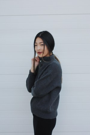 gray sweater - black Topshop skirt