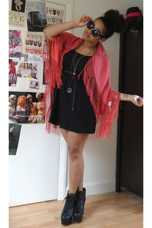 black Jeffrey Campbell boots - black H&M dress - coral fringed thrifted scarf