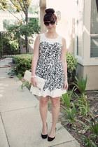 ivory floral print kohls dress - ivory clutch Forever 21 bag