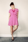 Hot-pink-stripe-gap-dress-hot-pink-statement-forever-21-necklace