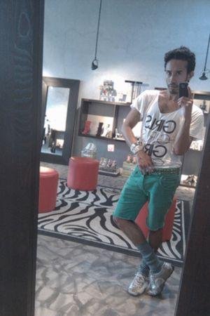 white 310 shirt - green Matthew Williamson shorts - blue H&MThrift Checa Chic Bo