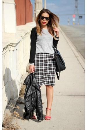 black H&M jacket - heather gray Forever 21 sweater - black Zara bag