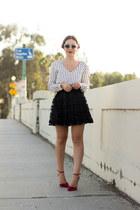 black pleated skirt Tobi skirt - white stripes Tobi blouse