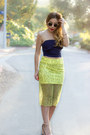 Yellow-zara-skirt-navy-daily-look-t-shirt