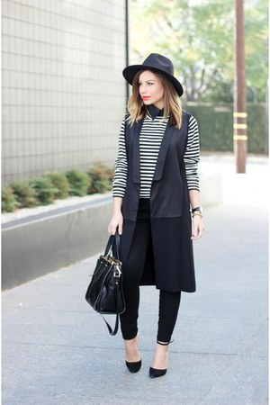 black fedora Missguided hat - white stripes Billabong sweater