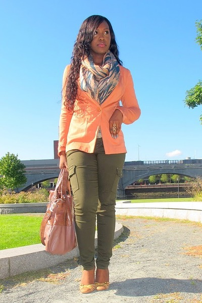 orange blazer H&M blazer - unknown jeans - unknown scarf - Rampage bag