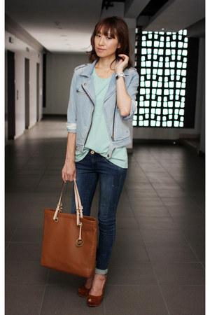 Guess jeans - light blue Gap jacket - Michael Kors bag - Zara heels - Gap top