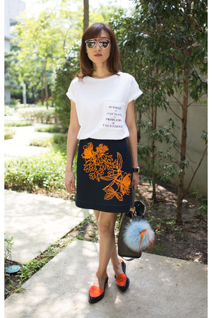 navy mini skirt MSGM skirt - Melissa shoes - leather Fendi bag
