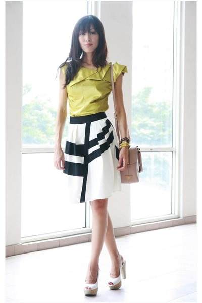 black Reiss skirt - neutral Prada bag - lime green karen millen top