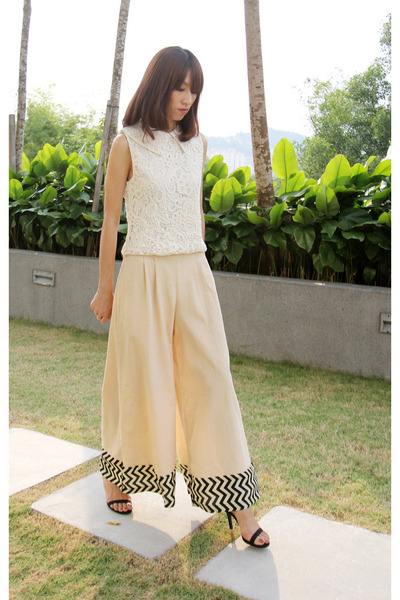 beige lace summer Mood & Closet top - tan flare fall Mood & Closet pants