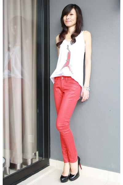 Miss mango clothing store