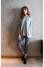 Black-zara-boots-mood-closet-jeans-heather-gray-mood-closet-sweater