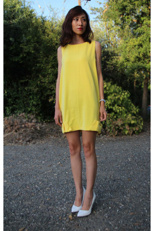 yellow ribbon summer Mood & Closet dress - white pointed formal Zara heels